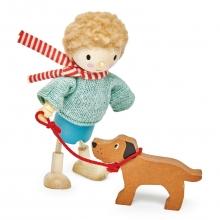 בובת עץ - מר גודווד וכלבו tender leaf toys